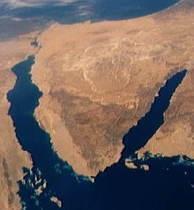 На Синае боевики атаковали штаб-квартиру спецслужб Египта