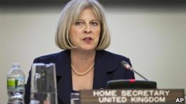 Преступников-иммигрантов хотят высылать из Британии