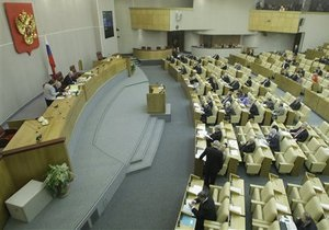 Пресса России: Сердюков - министр под подозрением