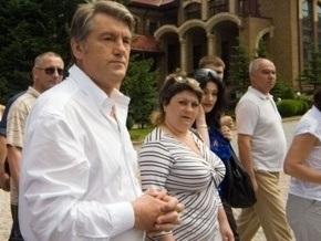 Источник: Ющенко отбыл в Крым