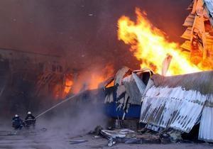 На месте пожара на луганском комбинате обнаружено обгоревшее тело