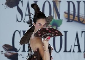 Фотогалерея: Все в шоколаде. Необычный показ мод в Париже
