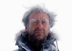 Исторический переход через Антарктику продолжится без получившего обморожение Файнса