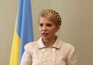 Тимошенко: Янукович намерен изменить Конституцию в обход парламента