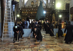 В храме Рождества Христова подрались греческие и армянские священнослужители