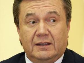 Янукович выступает против идеи перенести День Защитника Отечества с 23 февраля