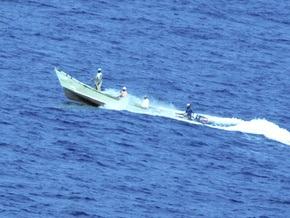 Сомалийские пираты захватили греческое судно с двумя украинцами на борту