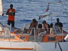 Сомалийские пираты отпустили малазийский буксир после семимесячного плена