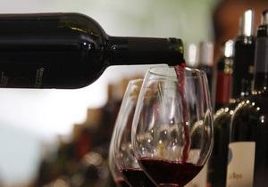Американские ученые уточнили полезные свойства красного вина