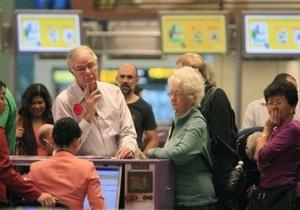 Пассажиры аварийно севшего аэробуса A380 вылетают в Австралию