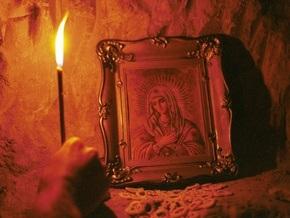 В украинских храмах молятся за выздоровление заболевших свиным гриппом