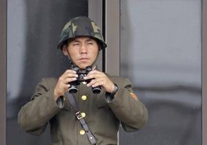 КНДР разместила две ракеты на мобильных пусковых установках