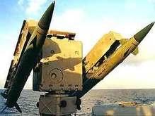 Пентагон решил сбить падающий спутник-шпион