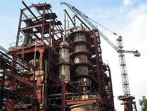 В Ереване горит химический завод