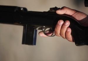Жители Донецка добровольно сдали в милицию более 120 единиц оружия