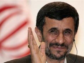 Ахмадинеджад: Иранская ядерная проблема решена. Переговоров больше не будет