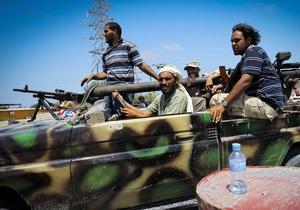 Повстанцы вошли в Триполи с запада
