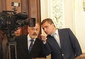 Янукович потребовал немедленно найти Табачника для отчета