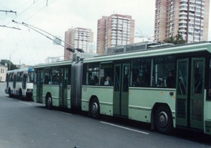 В Харькове на двух проспектах злоумышленники  похитили троллейбусные кабели