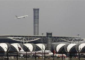 Таиланд - В аэропорту Бангкока тягач протаранил российский самолет