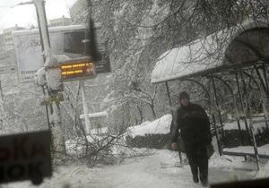 В Донецкой области из снежных пробок освободили 360 автомобилей