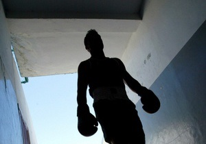 В Петербурге чемпион мира по боям без правил сбежал из психбольницы