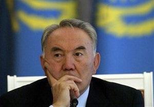 Парламент Казахстан наделил Назарбаева статусом лидера нации