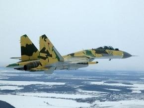 В России из-за отказа тормозной системы разбился новейший истребитель Су-35
