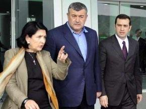 Неизвестные бросили гранату в здание грузинской оппозиционной телекомпании