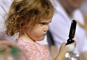 Количество абонентов мобильной связи в Украине в декабре увеличилось на 1,2%