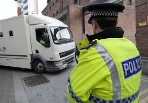 Британских полицейских уличили в продаже телефонных номеров членов королевской семьи
