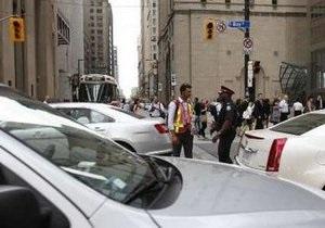 Во время визита королевы взрыв на электростанции оставил Торонто без света