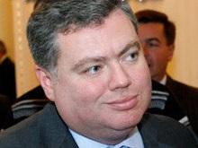 Корнийчук готов пожертвовать собой ради прекращения визитов Лужкова