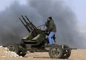 Войска Каддафи отбили наступление повстанцев на Сирт