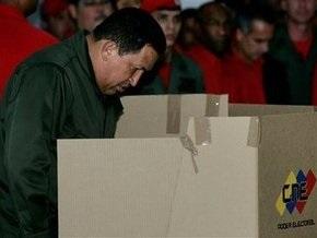 Партия Чавеса победила на региональных выборах в Венесуэле