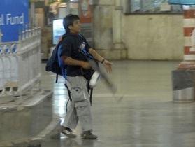 Пакистанец, признавший себя виновным в нападении на Мумбаи, отказался от прежних показаний