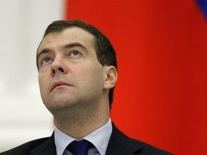 Медведев: Не допустить манипуляции историей - не вопрос вкуса