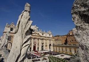 Ватикан официально объявил об установлении дипотношений с Россией