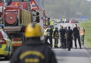 В Швеции перевернулся автобус: есть погибшие