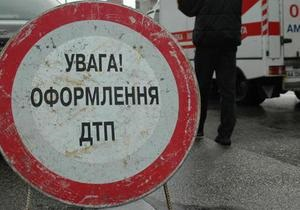 В Запорожье автомобиль ГАИ сбил 19-летнюю девушку