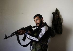 Фотогалерея: Вооружены до зубов. Фотосессия сирийских повстанцев для международных репортеров