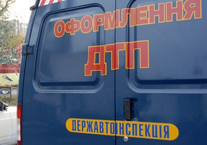 В Киевской области столкнулся внедорожник и легковой автомобиль, один человек погиб, еще пятеро травмированы