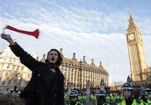 Сына гитариста Pink Floyd Дэвида Гилмора арестовала полиция Скотланд-Ярда