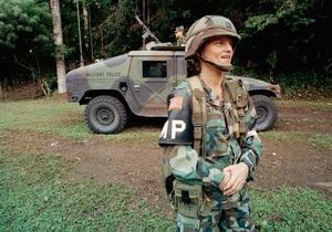 Британские СМИ выяснили, в армии какой страны служат самые сексуальные девушки