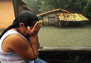 Более двадцати человек погибли при сходе оползней в Бразилии