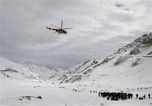 В Пакистане в результате схода лавины погибли 19 человек