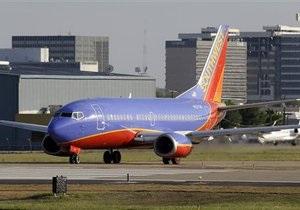 Новости США: На Западном побережье США из-за компьютерного сбоя отменили 250 рейсов