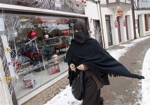 Франция отказала иностранцу в гражданстве из-за традиционной мусульманской одежды