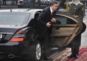 СМИ: Охрана Януковича опасается подрыва машины Президента водителем-смертником