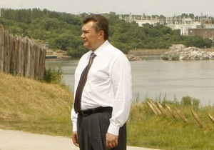Левочкин рассказал о планах Януковича на август